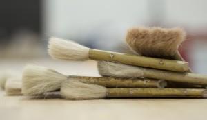 Heimwerker aufgepasst: Die wichtigsten Tipps zum Arbeiten mit dem Pinsel